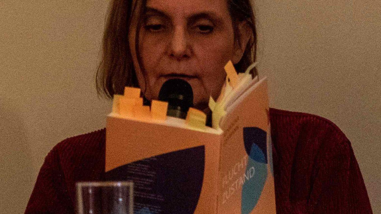 """Agnieszka Lessmann liest aus dem Gedichtband """"Fluchtzustand"""""""